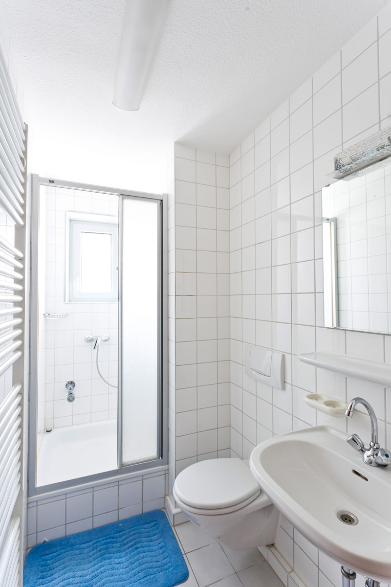 baugenossenschaft münster am neckar eg: gästewohnungen, Badezimmer ideen